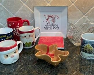 CLEARANCE !  $2.00 NOW, WAS $8.00..................Christmas Mugs and more (C034)
