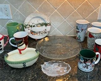 CLEARANCE !  $2.00 NOW, WAS $8.00..................Christmas Mugs and More (C036)