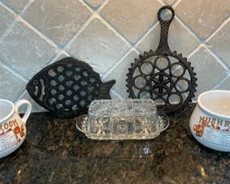 $10.00...............Soup Bowls, Trivets and more (C033)