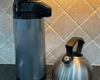 CLEARANCE !  $3.00 NOW, WAS $10.00...................Coffee Thermos and Teapot (C030)