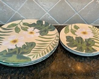 HALF OFF!  $8.00 NOW, WAS $16.00..................4 large and 4 smaller Precidio Melamine Plates  (C029)