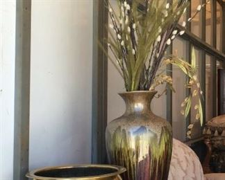 https://www.ebay.com/itm/114764910775	KG0051 PLANTER POTS LOT OF 2 BRASS AND CERAMIC HOME GARDEN DÉCOR Local Pickup		Buy-It-Now	19.99