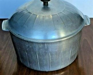 https://www.ebay.com/itm/124679434941	KG0053 ALUMINUM COOK POT BY HOUSEHOLD INSTITUTE Local Pickup		Buy-It-Now	19.99