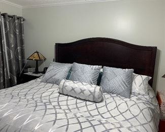 Pic showing the bed from the bedroom suite