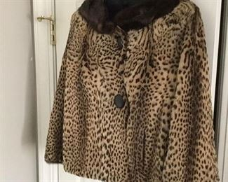 60'S LEOPARD COAT WITH MINK TRIM AND MINK LINING IN SLEVES  PERFECT  AND SO AUDREY HEPBURN