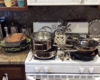 Wolf Gang Puck Cookware
