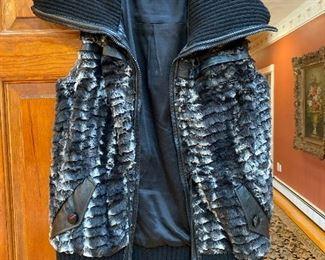 Hanley Mellon Vest Size 6 $125