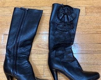 Valentino Black Tall Leather Boots Size 38.5 $450