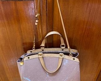 "Louis Vuitton Vernis Brea GM Tote 14"" x 11"" x 7"" $900"