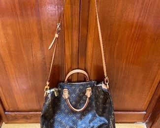 "Louis Vuitton Speedy 35 Bag 17"" x 11"" x 8"" $450"