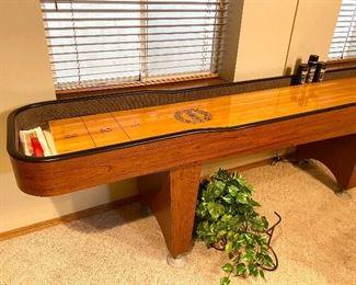 Like-new shuffleboard table!!!