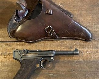 1937 S/42 German Luger/Holster with Matching Numbers ( clips and tool do not match ) SN 7019