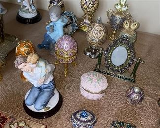 COLLECTIBLE FABERGE STYLE EGGS