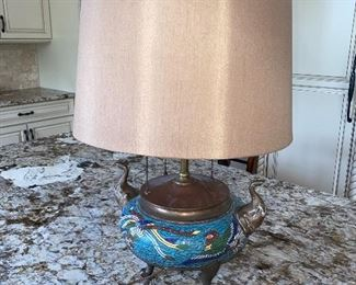 RARE & ANTIQUE ELEPHANT TRUNK UP CHAMPLEVE CLOISONNÉ BIRD ROOSTER ENAMEL LAMP