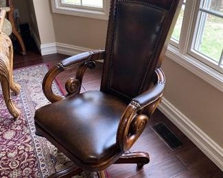 WOOD FRAME LEATHER OFFICE CHAIR