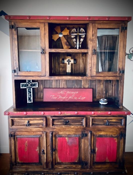 Solid, built to last, and... its stunning! Hutch in Great Condition! A perfect addition to any room! (top is removable for easy transport)