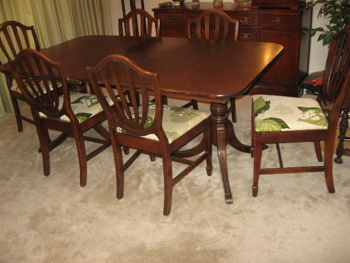 Vintage Duncan Phyfe Table with One Leaf, Six Chairs...