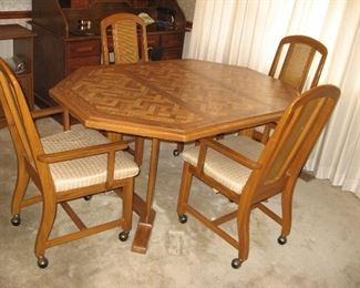 Kitchen Table with Four Chairs and One Leaf...