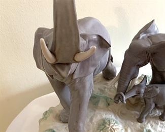 Amazing Lladro Elephant Figurine. This piece is no longer being made by Lladro! Now is your chance to own a wonderful piece of Lladro that is part of their historical collection. Comes with the box.