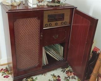 SILVERTONE RADIO STEREO