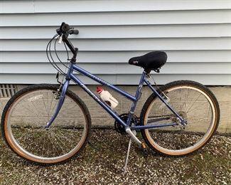 Specialized Hardrock Womans Bike