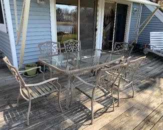 7 Piece Patio Table with cushions (not pictured)