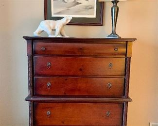 Beautiful 5 Drawer Vintage Dresser with Very Detailed Side Trim