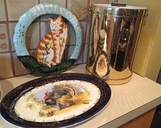 Decorative items.