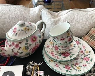 """Old Foley """"Chinese Rose"""" tea cups and saucers."""