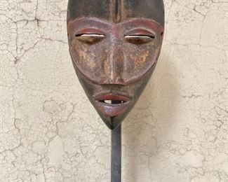 Dan mask on custom stand