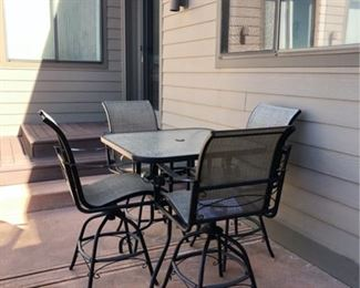 patio seating for four counter height