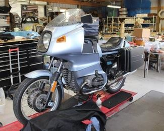 1977 BMW R100rs