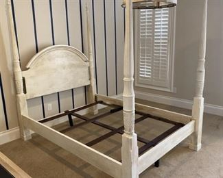 Bombay Co Shabby Chic White Four Poster Bed