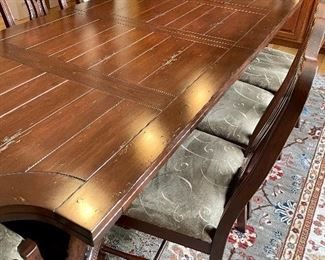 Dining room table w/ 8 chairs