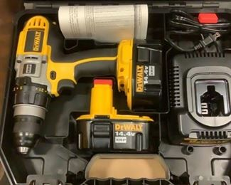 """Located in: Carson City, NV Condition NEW MFG DeWalt Model DCD920KX Power (V-A-W-P) 14.4V Cordless 1/2"""" Drill (2) Batteries (1) Battery Charger **Sold as is Where is**"""