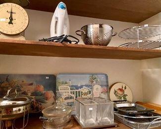 great kitchen, some vintage