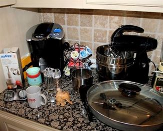 Keurig, Sunbeam mixer, and other small appliances