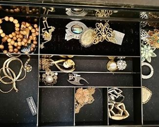 Silver & Gold Necklaces, Earrings, Rings and Bracelets along other types of Jewelry.