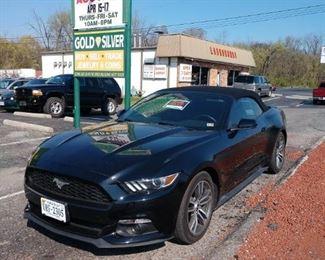 2015 2-Door Convertible Ford Mustang 2.3L EcoBoost - 41,574.6 Miles