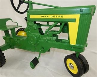 VIEW 2 1957 OPEN GRILL PEDAL TRACTOR