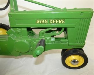 VIEW 2 SMALL #60 JD PEDAL TRACTOR