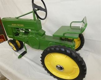 VIEW 4 1951 JD PEDAL TRACTOR