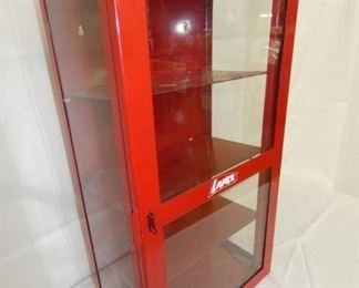 VIEW 2 SIDE VIEW LANCE CABINET