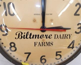 VIEW 2 CLOSEUP BILTMORE DIARY CLOCK