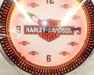VIEW 3 CLOSEUP HARLEY CLOCK NEON