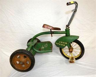 John Deere 40 TRICYCLE