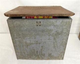 VIEW 2 BILTMORE MILK BOX