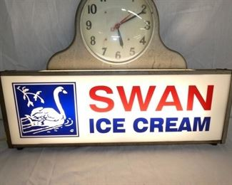 VIEW 3 SWAN LIGHTUP SIGN