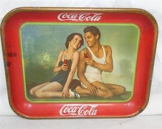 1934 COKE TRAY W/COUPLE