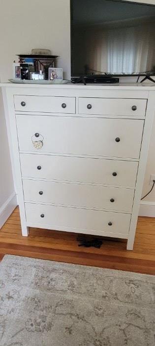 Idea dresser $45